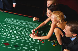 Voittaa pokeri hedelmapelin